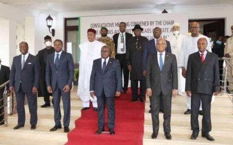 Mali: les chefs d'Etat de la CEDEAO exigent une transition civile et la dissolution du CNSP pour lever les sanctions (Communiqué final du Sommet d' Accra)