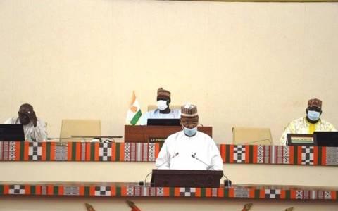 Présentation solennelle devant le parlement du budget de l'Etat pour l'année 2021