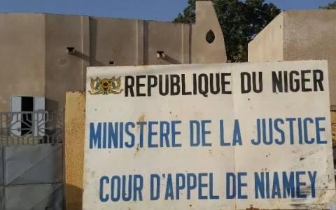Trafic de drogue: 124,125 Kg de cannabis saisis, 07 personnes dont un militaire et deux fonctionnaires de la Justice interpellées (Communiqué de presse du Procureur Général près la Cour d'Appel de Niamey)