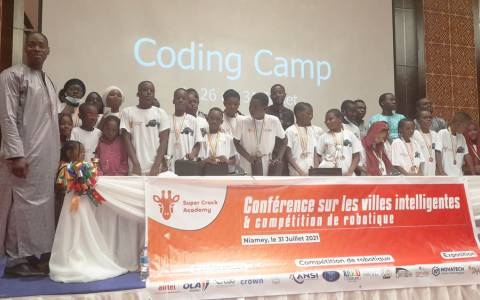 L'association Super Crack Academy en collaboration avec OpenLab International a organisé du 26 au 31 juillet dernier à Niamey sa quatrième édition du Coding Camp afin d'initier les jeunes à la robotique.