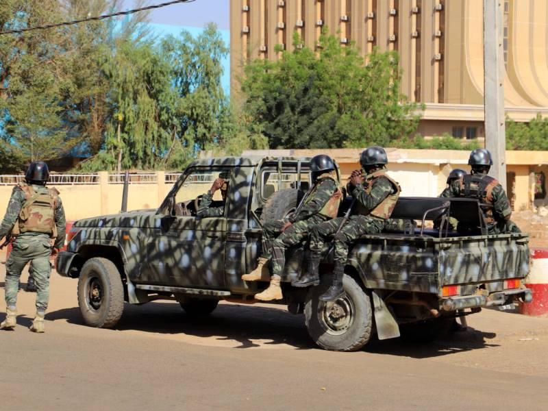 Officiel: le gouvernement annonce avoir déjouée une tentative de coup d'Etat (Porte-parole)