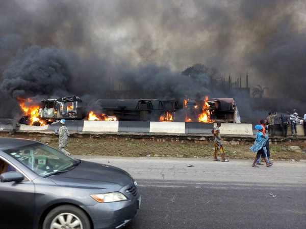Otedola bridge fire5