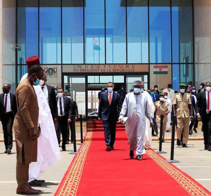 Déplacement à l'extérieur du chef de l'Etat : l'allégement du dispositif protocolaire et sécuritaire passe bien au sein de l'opinion