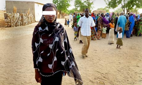 Child-bride-in-Niger-008