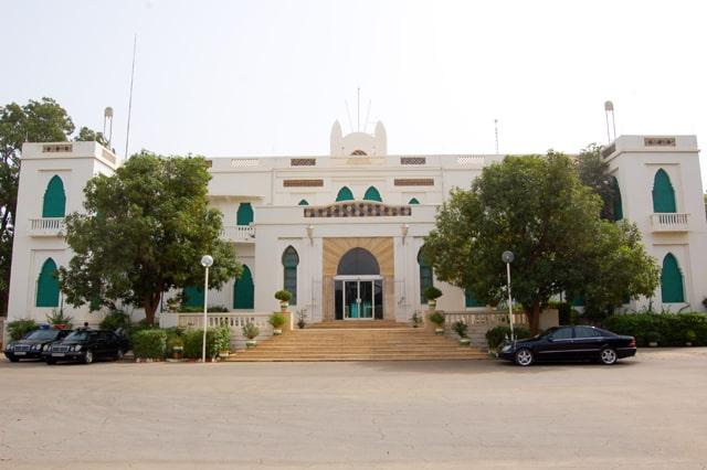Urgent: des tirs à l'arme lourde à Niamey aux alentours du Palais présidentiel