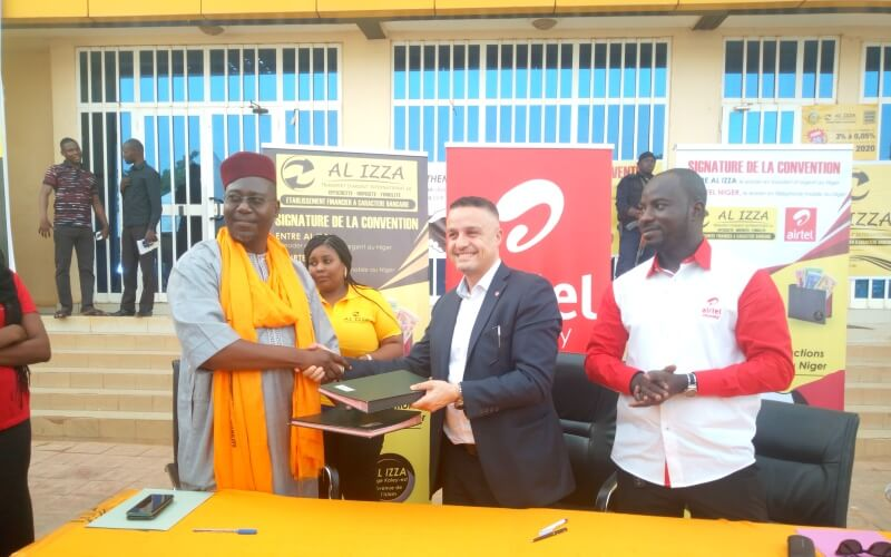 signature convention Airtel Al Izza
